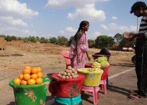 fruit-vendor-272228_640